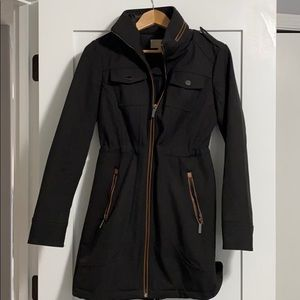 Utility trench rain jacket